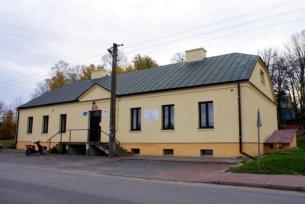 Budynek klasycystyczny z 1840 r. w Brodach