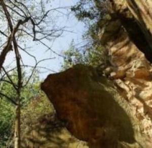 Ściana skalna w Krynkach
