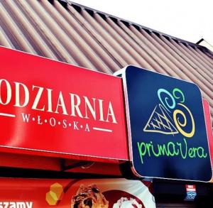 """Lodziarnia/pizzeria Włoska """"Prima Vera"""""""